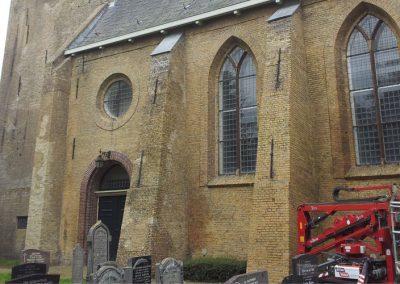 Schoonmaak en voegherstel van een kerk in Easternein